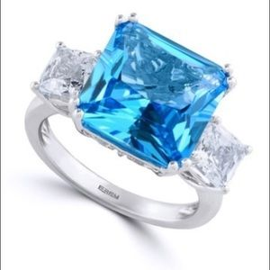 A gorgeous ring